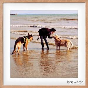 Susan privat, mit ihren zwei Hunden Nelly und Nano