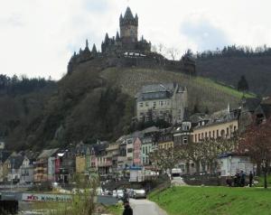 Die Innenstadt von Cochem, mit Mosel