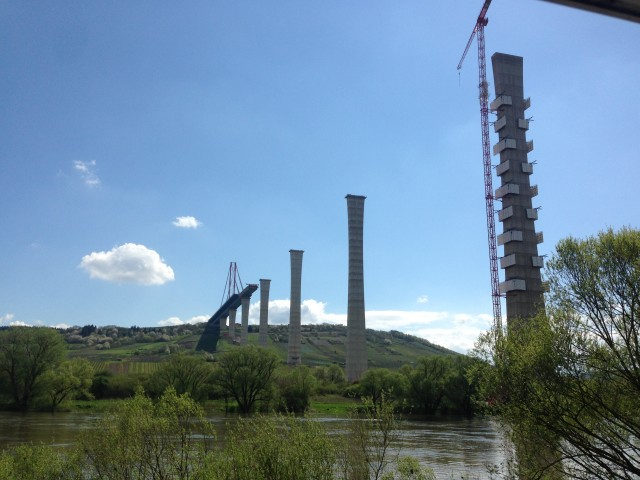 Autobahn Brückenbau über die Mosel bei Minheim