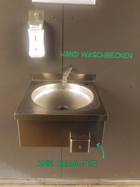 Hände waschen !