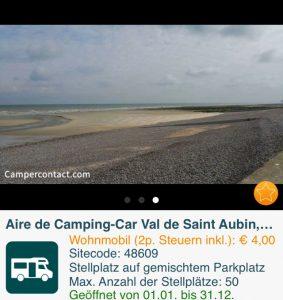 Der Stellplatz in Val de Saint Aubin liegt direkt am Strand