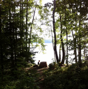 Versteckt im Wald und doch wunderschön! Schweden ein Traum für Camper!