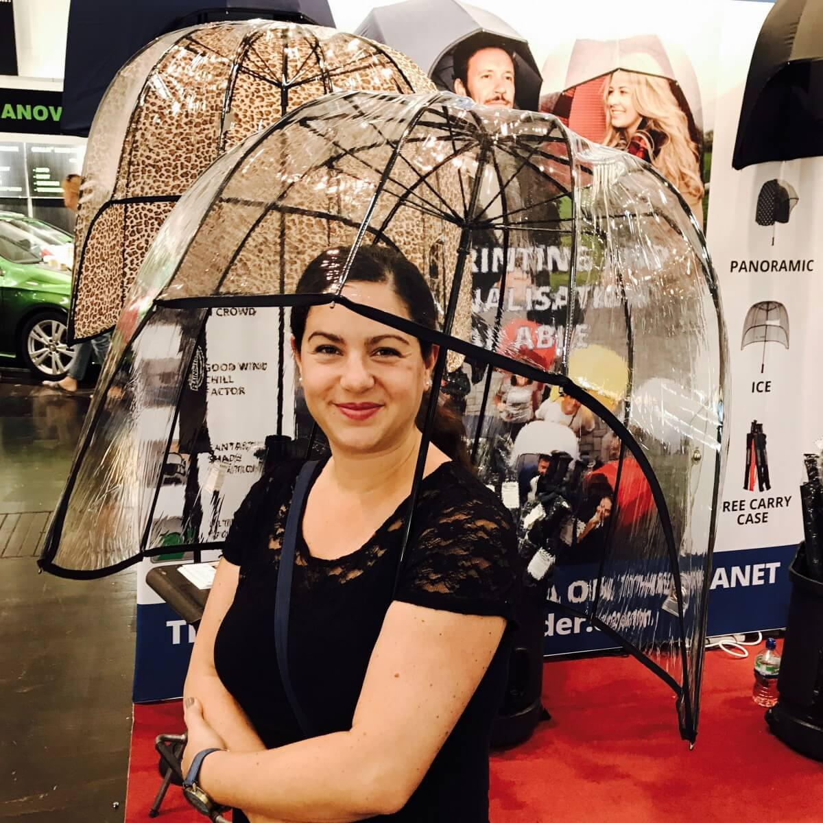 Toller, skurriler Regenschirm