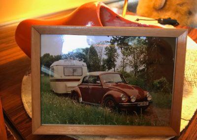 Käfer und Oldtimer Wohnwagen