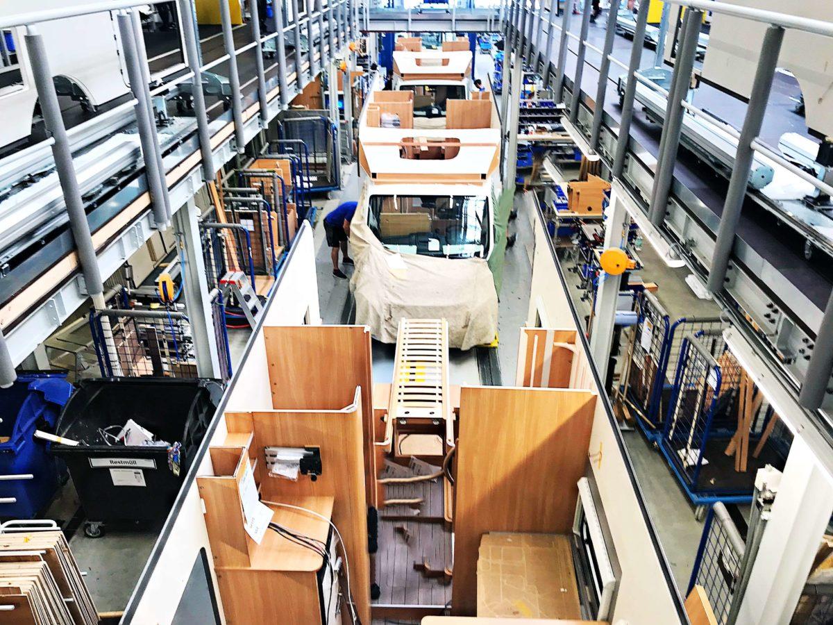 Produktion von Wohnmobilen, ein Blick hinter die Kulissen