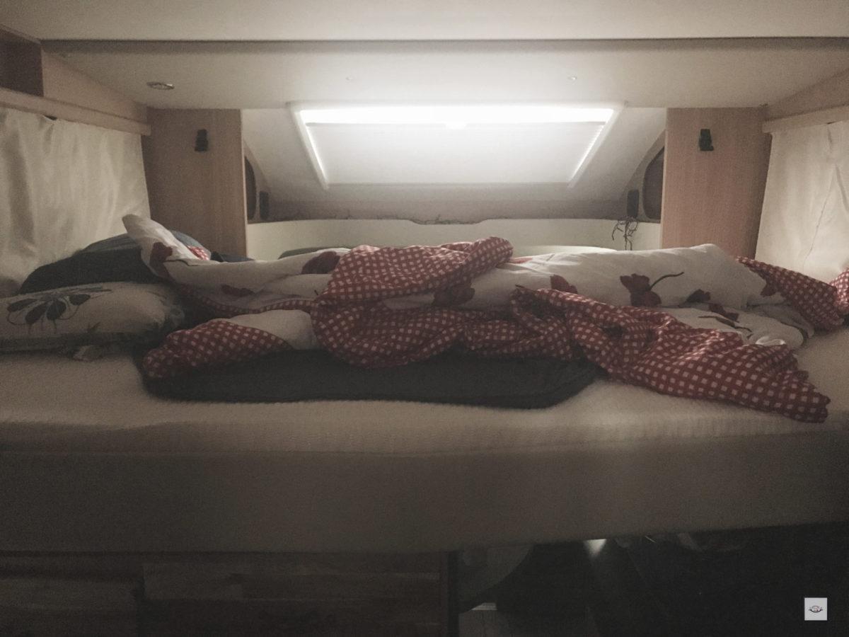 Hubbett im OrangeCamp Wohnmobil