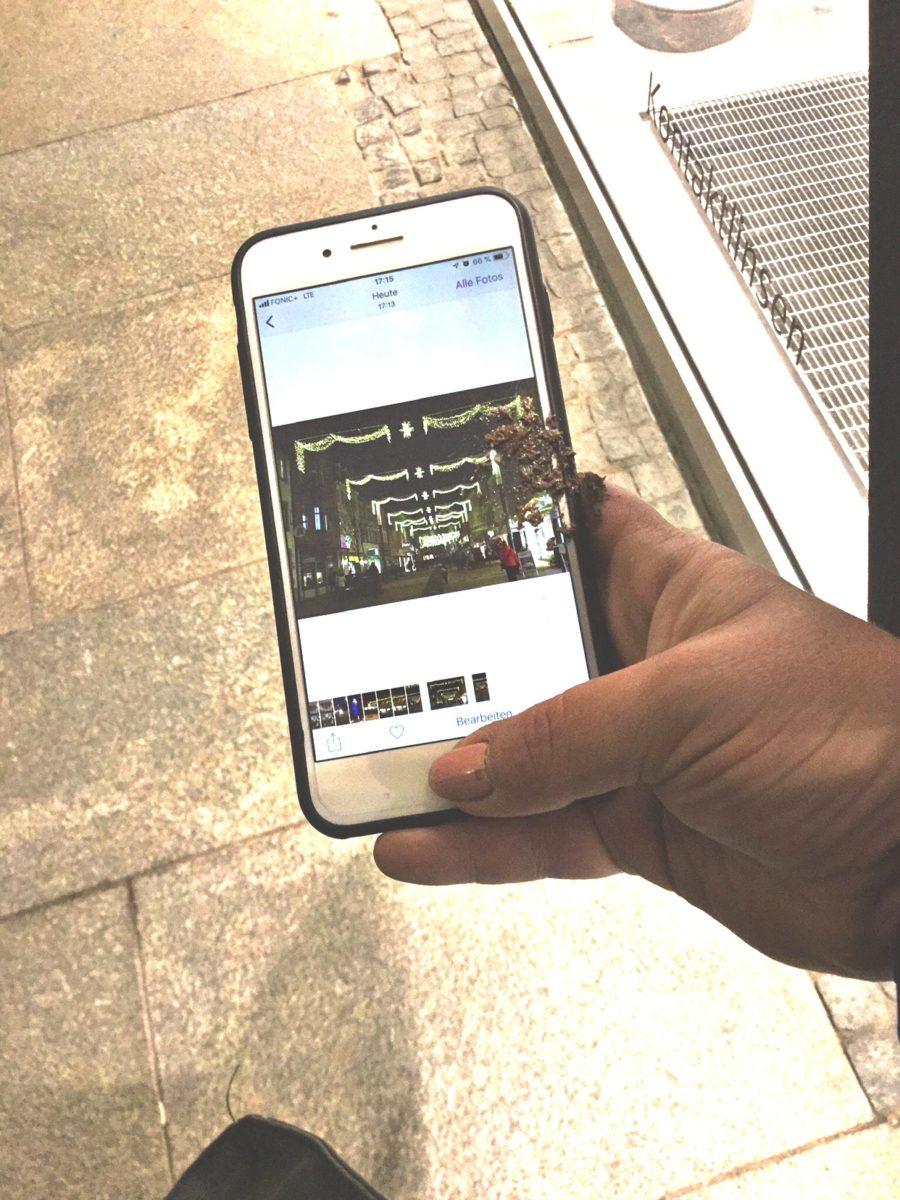 Vogelkacke auf dem Handy