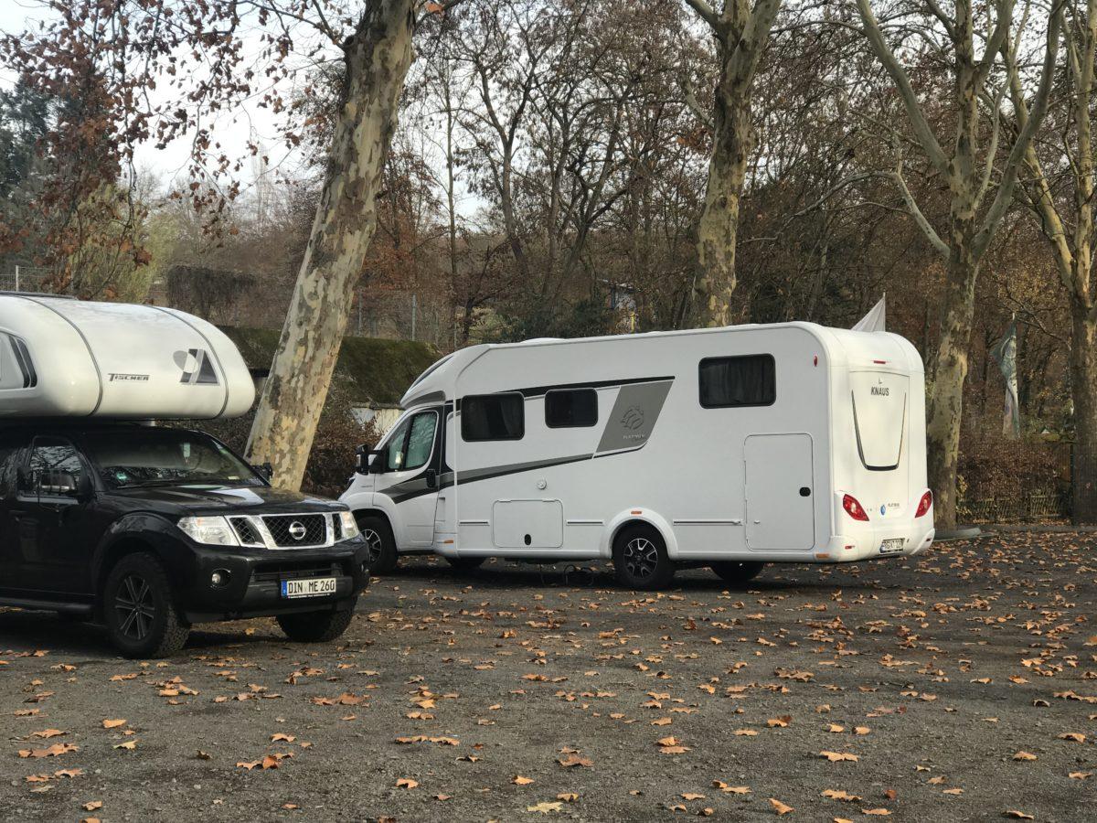 Hilfe von Campingnachbarn