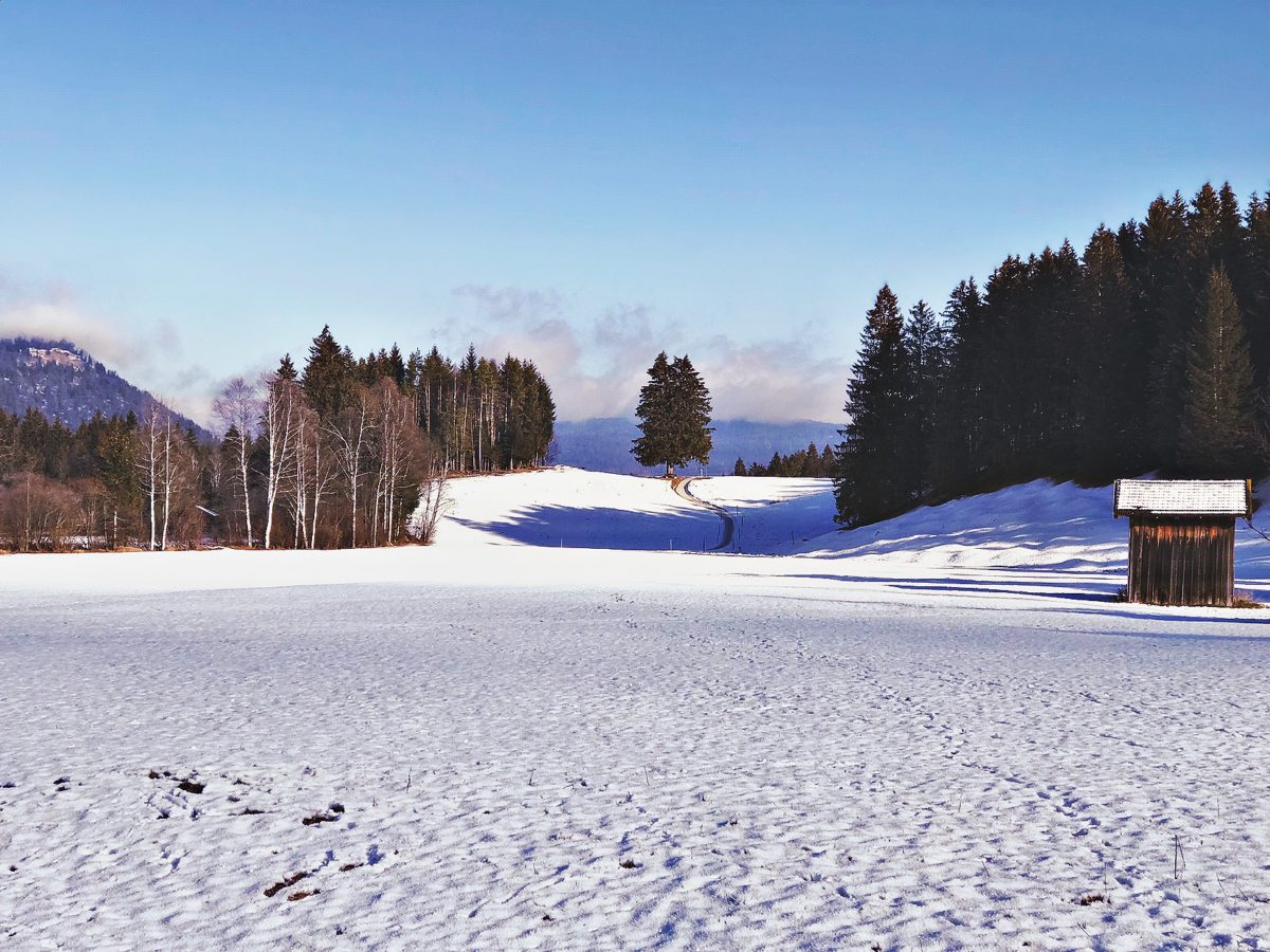 Wintercamping Abenteuer in den Bergen