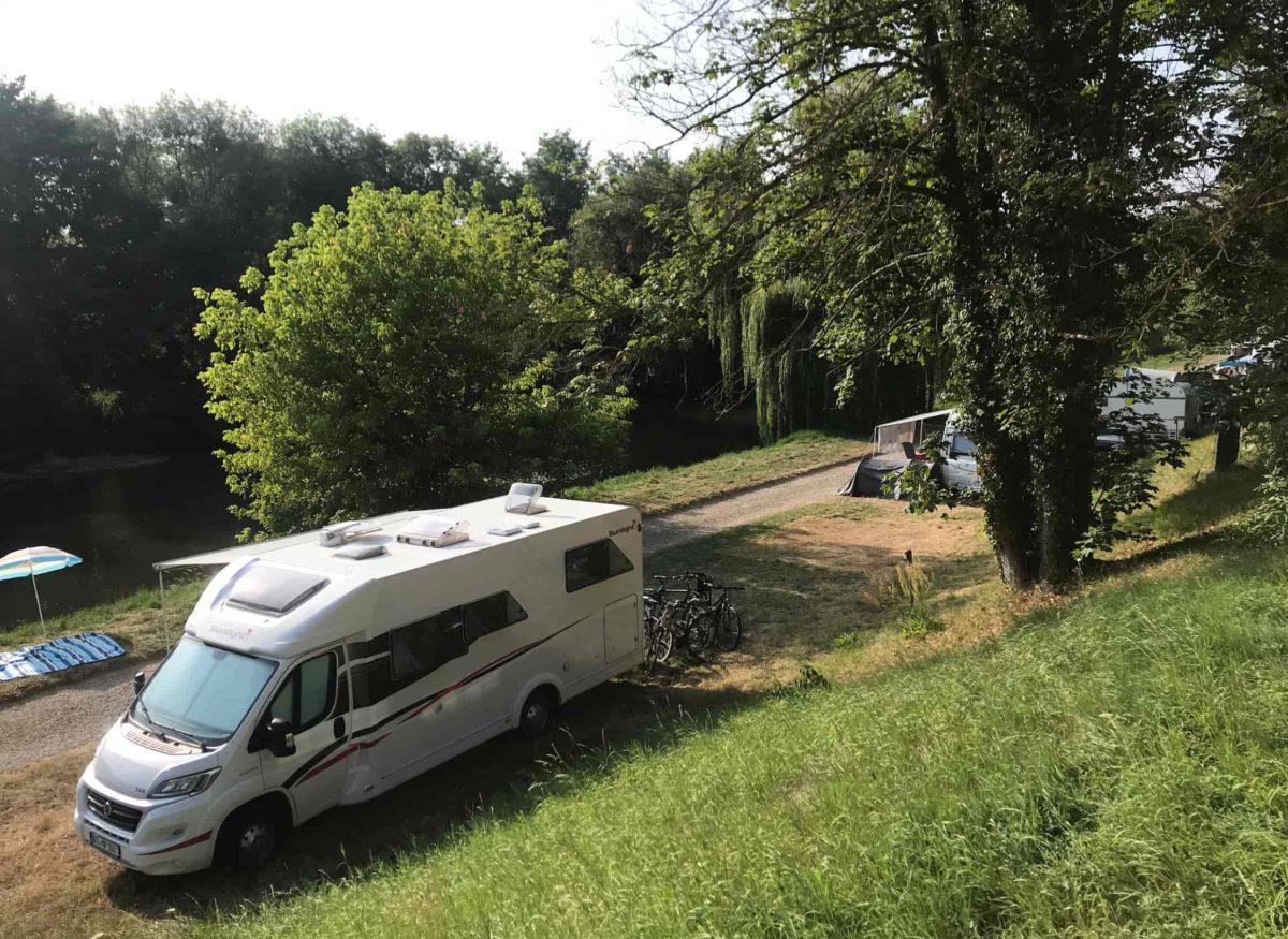 Stellplätze direkt am Fluss Wohnmobil Nordfrankreich Colmar