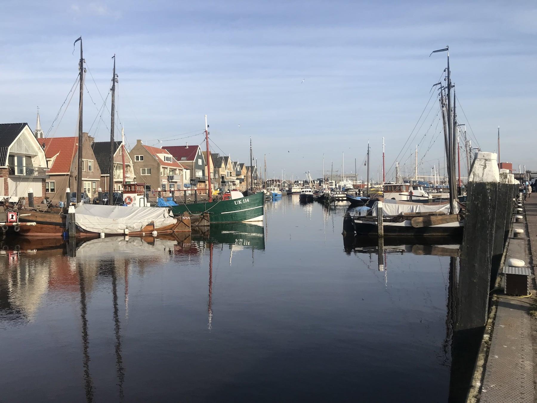 Wohnmobil Tour durch Holland Hafen Urk
